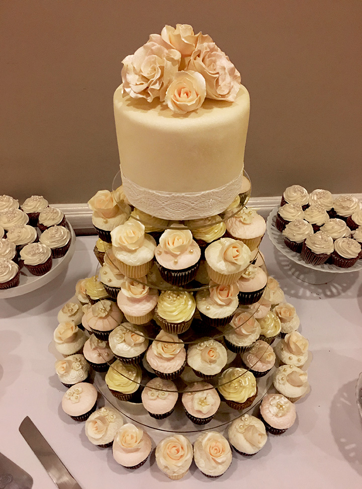 Willow Cakes & Pastries 5-Tier Wedding Cake with fine detail