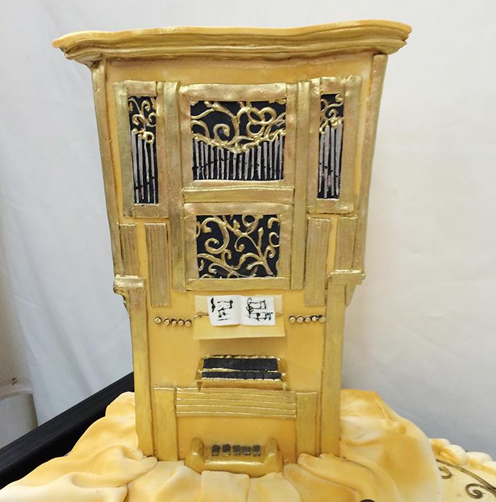 Church Organ cake